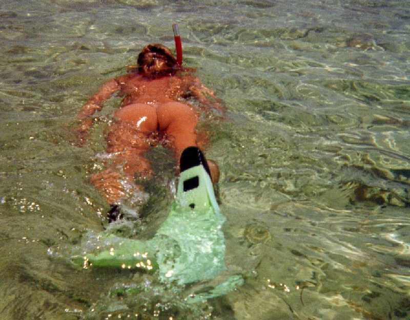 Nude Snorkling